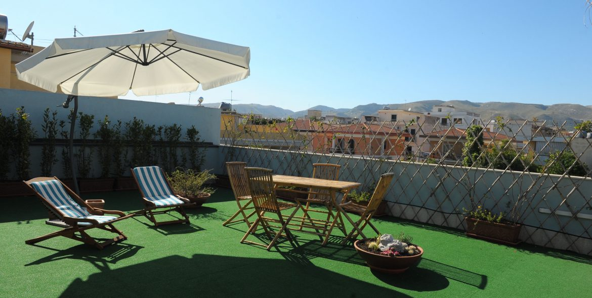Solarium-terrazza-bed-and-breakfast-avola